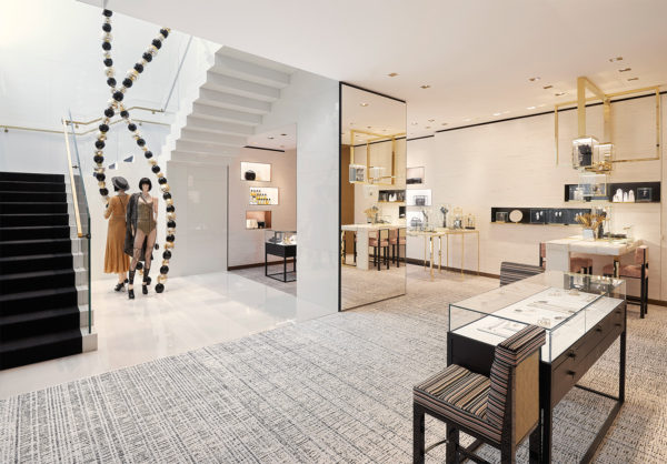 28a11f27e CHANEL-newly-redesigned-store-Barcelona-1
